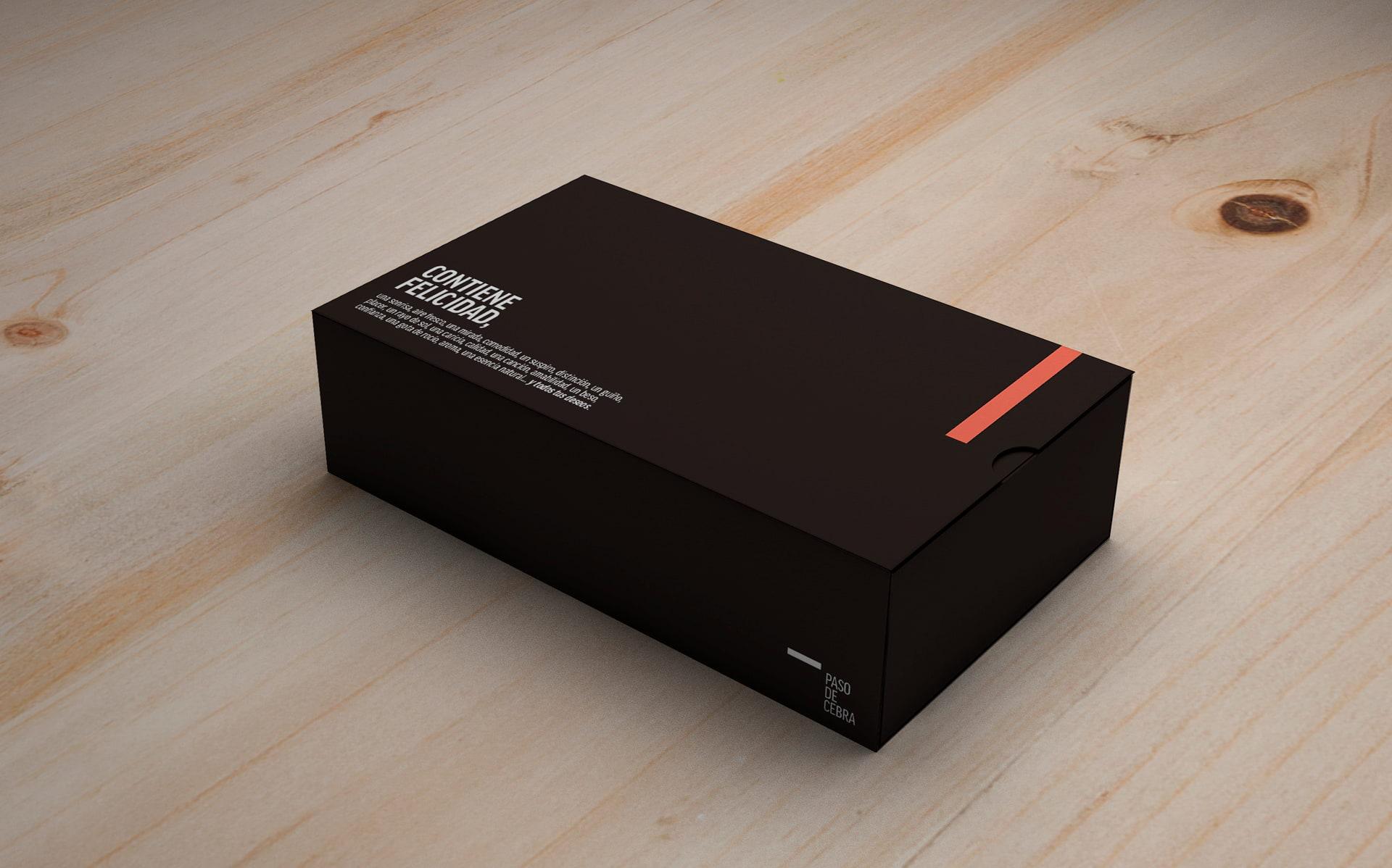 diseño packaging caja tienda de moda